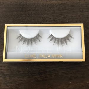New Huda beauty luxe faux mink lashes!